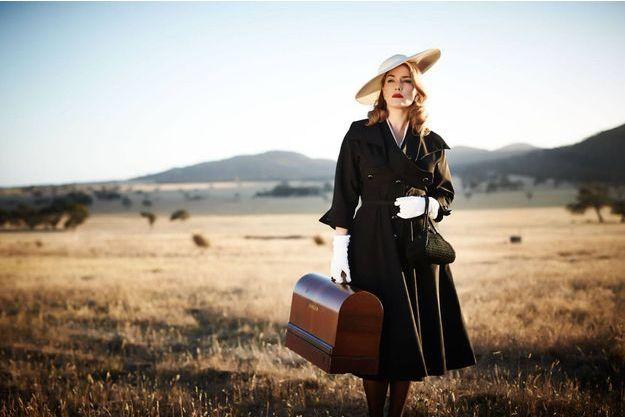 """Kate Winslet dans """"The Dressmaker""""."""