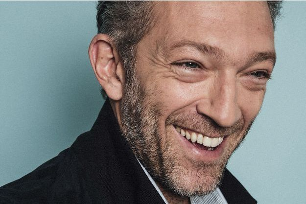 Vincent Cassel pose pour Paris Match.