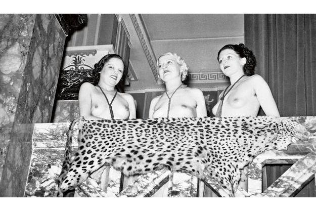 Les filles du Sphinx, à Paris.