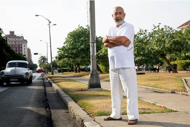 Leonardo Padura, l'écrivain et scénariste cubain vivant le plus connu. Il partage son temps entre La Havane et l'étranger....