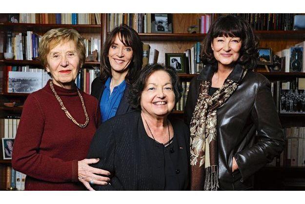 De g. à dr., Michelle Perrot, Nicole Bacharan, Françoise Héritier et Sylviane Agacinski