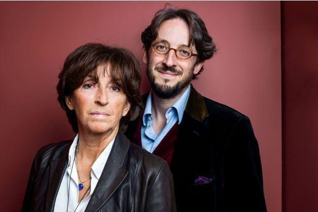 Natalie Carter et son fils Nicolas d'Estienne d'Orves, auteurs du Silence et la fureur (XO éditions)