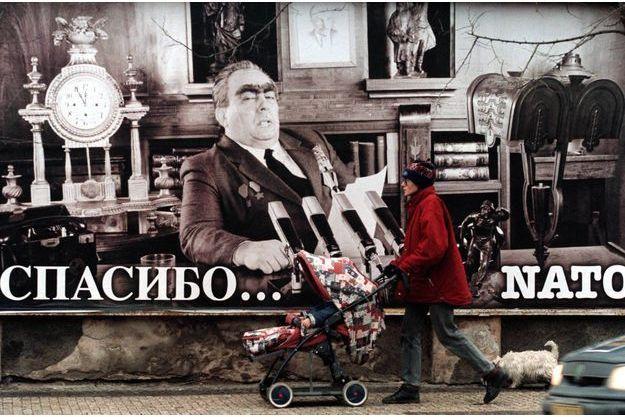 Leonid Brejnev sur une affiche à Prague en 1998.