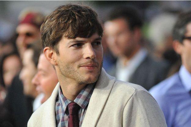 Ashton Kutcher avait déjà avoué être fan des séries originales de Netflix. Bientôt, il en fera partie.