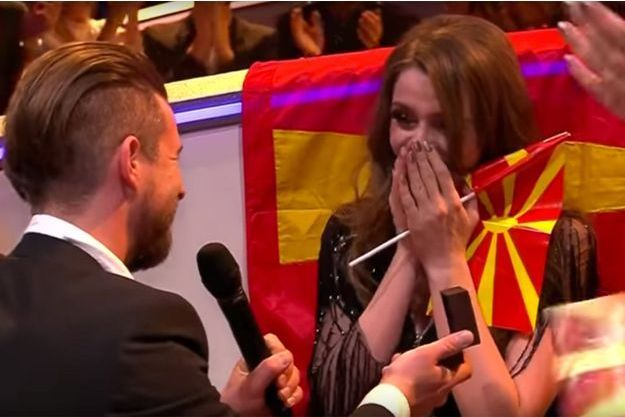 La candidate de la Macédoine et son futur mari.