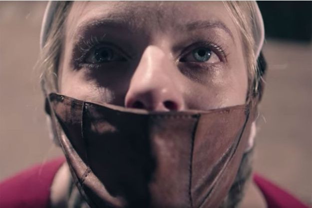 "Elisabeth Moss dans ""La Servante écarlate""."