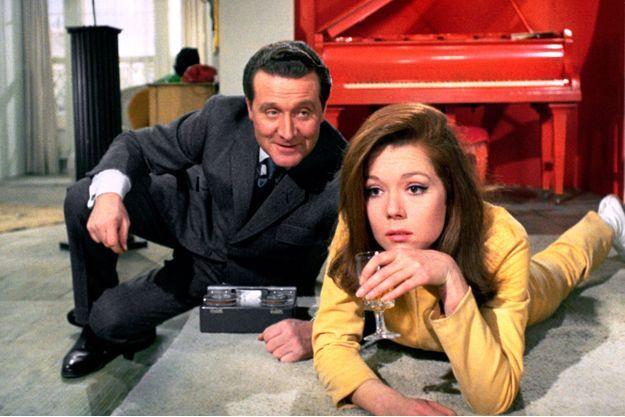 Patrick MacNee et Diana Rigg.