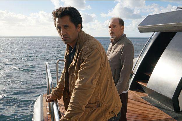 Travis Manawa (Cliff Curtis) et Daniel Salazar (Rubén Blades).