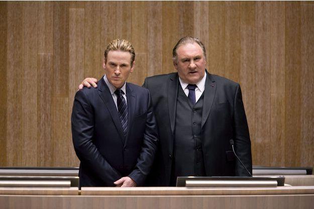 Benoît Magimel (Lucas Barres) et Gérard Depardieu (Robert Taro).