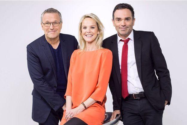 Vanessa Burggraf aux côtés de Laurent Ruquier et Yann Moix.