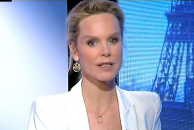"""Vanessa Burggraf devient chroniqueuse d'""""On n'est pas couché""""."""