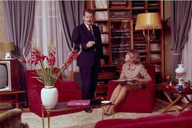 Photo très officielle, en septembre 1966, avec Micheline. Ils fêtent leurs 20 ans de mariage.