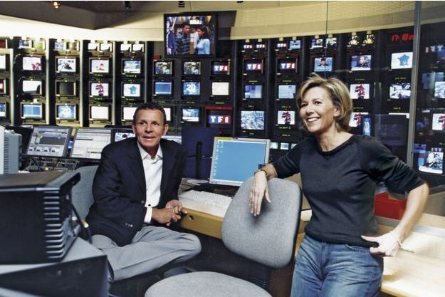 A la régie du 20heures en décembre2002. Depuis onze ans, Claire présente, en alternance avec Patrick, le journal le plus regardé de France.