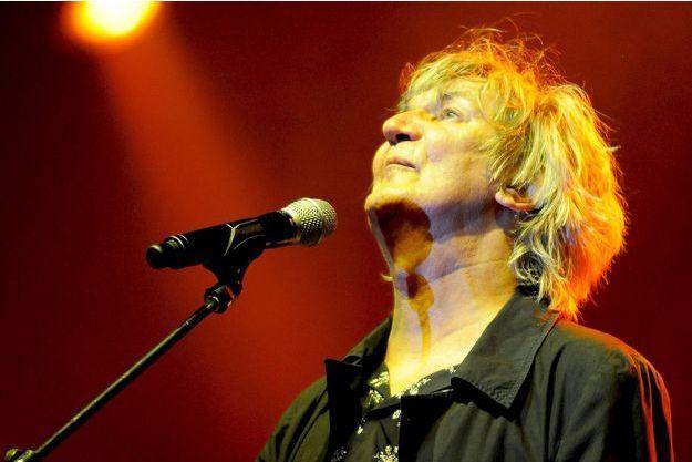 Jacques Higelin en concert en 2010 à Paris.