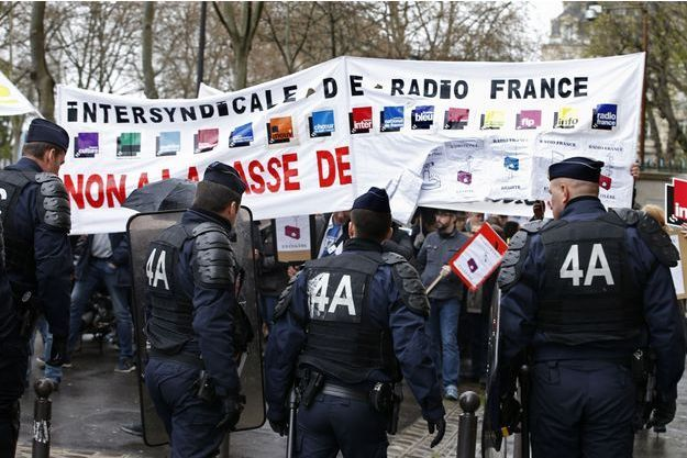 Les salariés de Radio France ont prolongé la grève jusqu'au mardi matin.