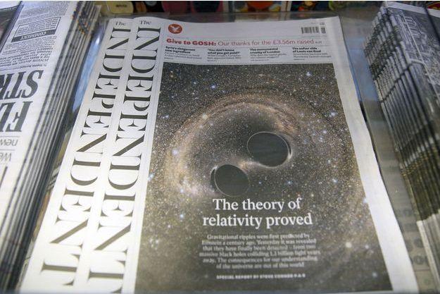 """Un exemplaire de """"The Independent""""."""