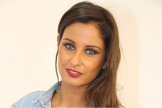 """Malika Ménard lors de la soirée de lancement des produits cosmétiques """"L.A. Girl Paris"""", en novembre 2016."""