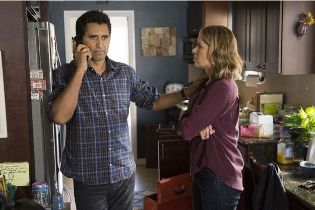 Cliff Curtis (Travis) et Kim Dickens (Madison).