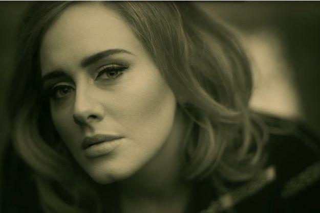 """""""Hello"""", le nouveau clip d'Adele."""