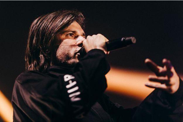 Orelsan sur scène, vendredi à Caen.