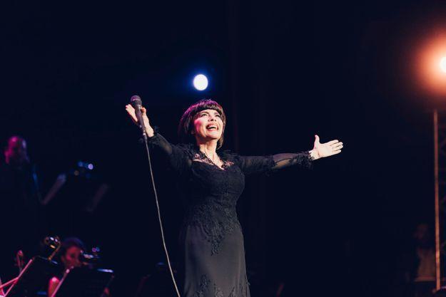 Mireille Mathieu a fait chavirer l'Olympia, vendredi soir.