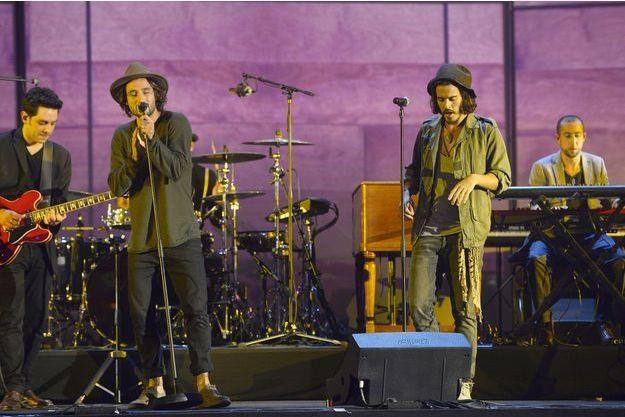 Les Fréro Delavega aux Victoires de la Musique au Zénith de Paris le 12 février 2016.