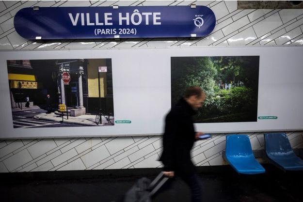La station de métro Hôtel de ville a été rebaptisée Ville hôte