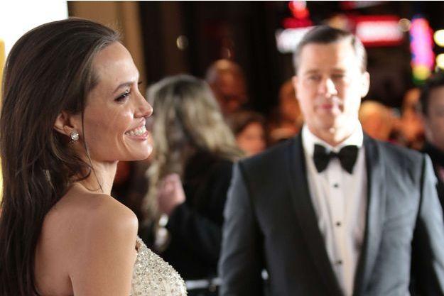 """Angelina Jolie et Brad Pitt à l'avant-première de """"By the Sea"""" à LA, en novembre 2015."""