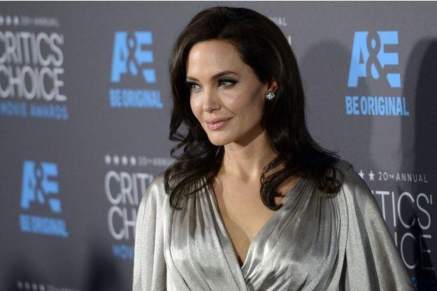 Angelina Jolie agrandit sa famille