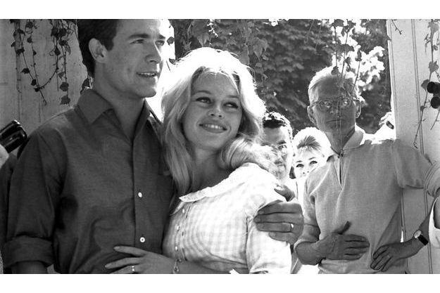 Le mariage de Brigitte BARDOT et Jacques CHARRIER