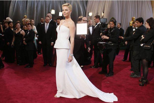 Charlize Theron lors de la 85e cérémonie des Oscars