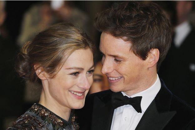 Eddie Redmayne et son épouse Hannah, en février 2015.