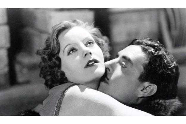 Greta Garbo et John Gilbert dans «La chair et le diable» (1926).