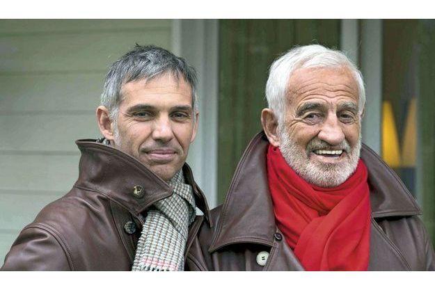 Même sourire, même allure. Trente ans séparent le père et le fils. Paul aura 50 ans dans quelques jours.