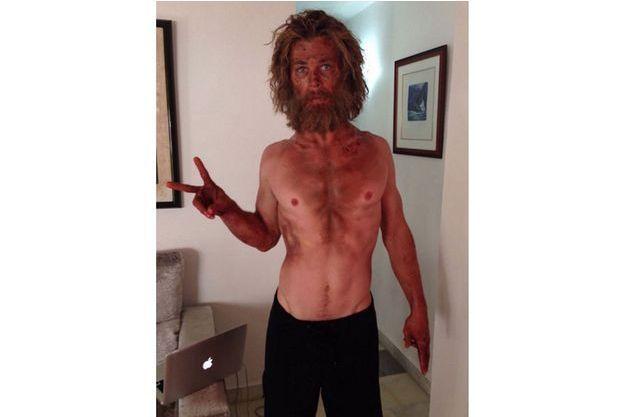 """Chris Hemsworth a perdu plusieurs kilos pour son prochain film, """"Au coeur de l'océan""""."""