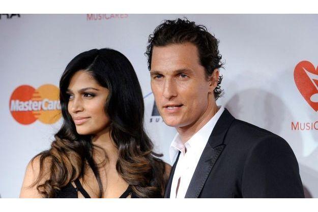 Camilla Alves et Matthew McConaughey.