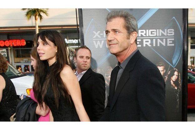 Mel Gibson et Oksana sont les heureux parents d'une petite fille depuis vendredi.