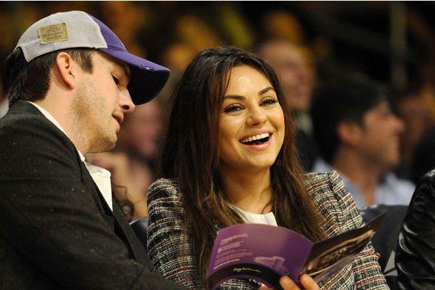 Mila Kunis et Ashton Kutcher vont devenir parents.
