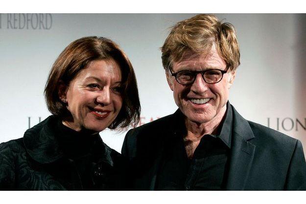 """Sibylle Szaggars et Robert Redford lors de la première de """"Lions et agneaux"""" à Paris en 2007"""