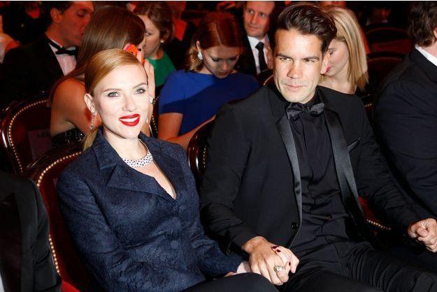 Scarlett Johansson et son fiancé Romain Dauriac aux César, vendredi dernier.