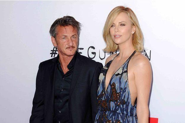 Sean Penn et Charlize Theron à Los Angeles le 12 mars 2015.