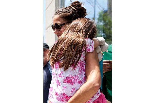Suri et sa mère en juillet 2012.