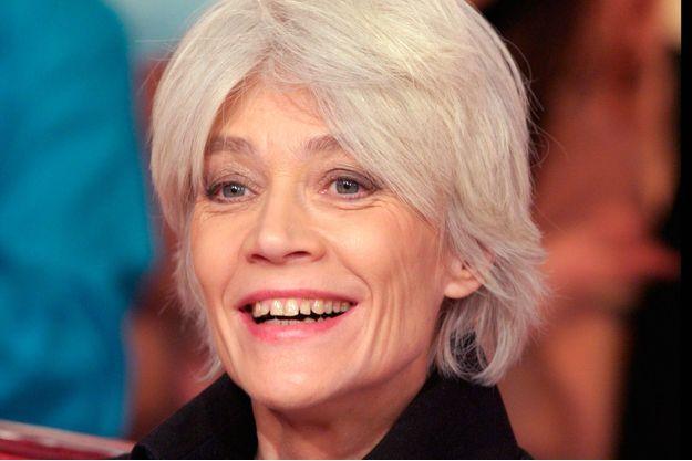Françoise Hardy voudrait être grand-mère