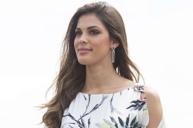 Iris Mittenaere, va (déjà) bientôt rendre sa couronne de Miss Univers