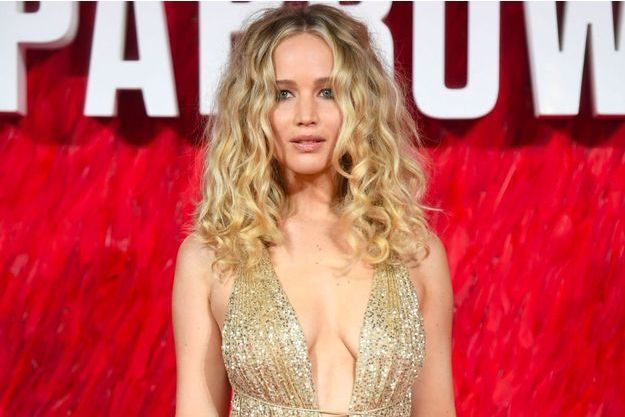 "Jennifer Lawrence, sublime à la première de ""Red Sparrow"" à Londres"