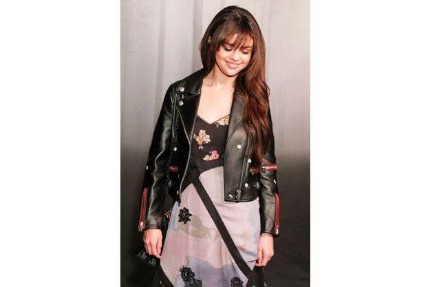 Fashion New Remarquée À York Gomez La Week Selena De L'apparition PklwTOXuZi