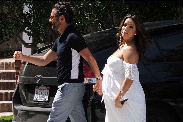 Eva Longoria et son mari José Antonio Baston lors de la baby shower organisé samedi à Hollywood.