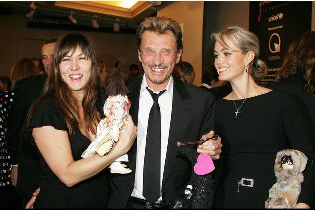 Mathilde Seigner, Johnny et Laeticia Hallyday.