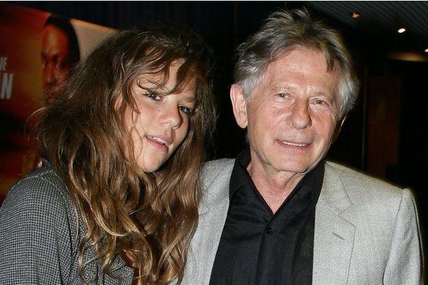 """Roman Polanski et sa fille Morgane à Paris pour l'avant-première de """"Rush Hour 3""""."""