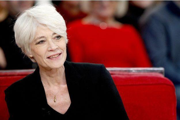 """Françoise Hardy à l'enregistrement de l'émission """"Vivement Dimanche"""" en 2012."""
